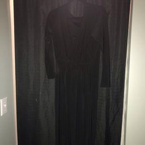Long sleeve black maxi dress